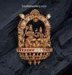 22 carat gold antique nakshi work temple jewellery pendants studded with polki diamonds, rubies and emeralds by Navrathan jewellers. Indian Jewellery Design, South Indian Jewellery, Jewelry Design, India Jewelry, Temple Jewellery, Pendant Jewelry, Gold Jewelry, Gold Pendant, Diamond Jewelry