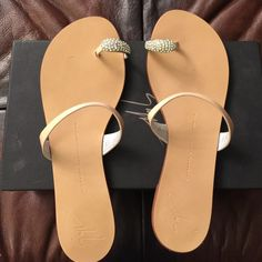 Giuseppe Zanotti design vernice antico sandals Brand new in the box and dust bag embellished with Swarovski crystals beige patent leather size 39 true to size Giuseppe Zanotti Shoes Sandals