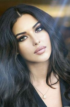 Girl Face, Woman Face, Belle Silhouette, John David, Nude Makeup, Model Face, Foto Art, Stunning Eyes, Brunette Beauty