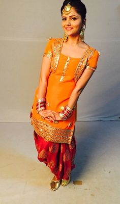 Different Types Of Best Designer Punjabi Salwar Suits For All Time Pretty Looks - Art & Craft Ideas Dress Indian Style, Indian Dresses, Indian Outfits, Punjabi Fashion, Indian Fashion, Indian Attire, Indian Wear, Latest Punjabi Suits Design, Mirror Work Dress