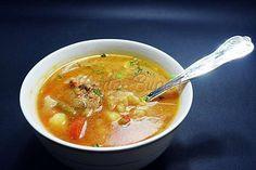 Ciorba taraneasca de vacuta Romanian Food, Thai Red Curry, Soup, Yummy Food, Lunch, Ethnic Recipes, Foodies, Memories, Travel