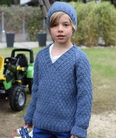 Boy's Pullover and Hat, S8933 - Free Pattern