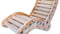 Reutilizar. Los muebles se fabrican con madera reciclada y cartón corrugado.