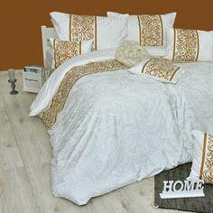 Obliečky Angelika sú luxusné a kvalitné posteľné obliečky vyrobené zo 100 % bavlny delux. Krásny a elegantný vzor rozžiari každú spálňu a ich skvelé vlastnosti si ihneď zamilujete. Vyrobené na Slovensku. Duvet Covers, Comforters, Blanket, Bed, Furniture, Home Decor, Creature Comforts, Quilts, Decoration Home