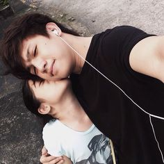 Ranz Kyle, Siblings Goals, Celebrity Singers, I Luv U, O Canada, Bible Quotes, Ulzzang, Youtubers, Asian