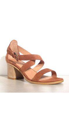 Sessun sandales daim Fes toffee #shoes #sessun #daim #shoessale #summer #sale #heels #fashion #brown