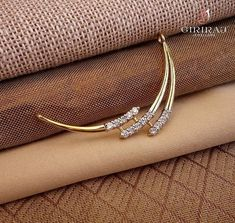 Diamond Mangalsutra, Gold Mangalsutra Designs, Gold Earrings Designs, Gold Jewellery Design, Indian Wedding Jewelry, Bridal Jewelry, Beaded Jewelry, Gold Jewelry, Antique Earrings