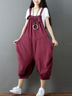 Amazing O-NEWE O-NEWE Strap Pocket Splicing Lantern Trouser Legs Jumpsuit For Women on Newchic, there is always a plus size jumpsuits and rompers that suits you! Overall Jumpsuit, Plus Size Jumpsuit, Korean Fashion Trends, Latest Fashion Trends, Fashion Styles, Denim Romper, Red Romper, Denim Jumpsuit, Dance Outfits