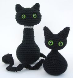 arigurumi halloween cats crochet pattern- cute patterns just in time for the holidays!