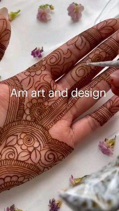 Khafif Mehndi Design, Floral Henna Designs, Henna Tattoo Designs Simple, Back Hand Mehndi Designs, Latest Bridal Mehndi Designs, Stylish Mehndi Designs, Full Hand Mehndi Designs, Mehndi Designs Book, Mehndi Designs For Girls