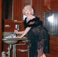 Luscious Marilyn Monroe chopping the ice in Some Like it Hot.