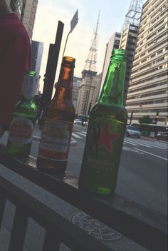 Av. Paulista, São Paulo - Brasil, Stella Artois, Budweiser, Heineken.