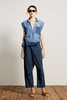 Denim allover; fisherman's pants made from a dark denim paired with a pale denim shirt. #denim #denimoutfit