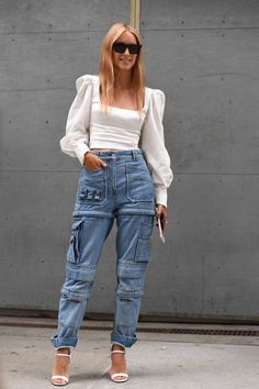 Over 35 ways to wear cargo pants for women in 2020 - Lilly is Love Plus Size Cargo Pants, White Cargo Pants, Denim Cargo Pants, Skinny Cargo Pants, Cargo Pants Women, Pants For Women, White Peasant Blouse, Denim Blouse, Black Turtleneck