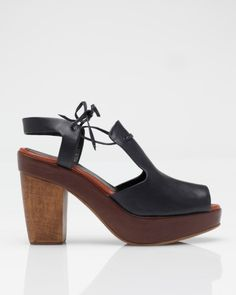 Open-toe chunky summer heel from Rachel Comey