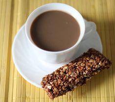 Baton musli z nutką czekolady Sweet Desserts, Waffles, Health Fitness, Breakfast, Tableware, Recipes, Food, Diet, Morning Coffee