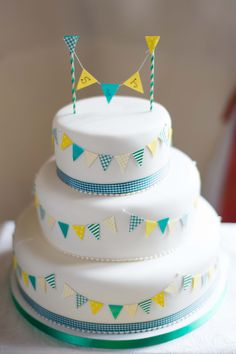 Bunting Wedding Cake - Home made!