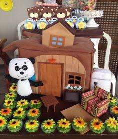 masha e o urso detalhes Baby Birthday Cakes, Bear Birthday, 3rd Birthday Parties, Marsha And The Bear, Bear Party, Bear Doll, Cute Toys, Diy Party, Party Ideas