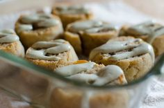 Cinnamon Rolls 4 (Small)