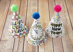 Printable New Year's Party Hats New Years Eve 2018, Kids New Years Eve, New Years Eve Party, New Year's Crafts, Hat Crafts, Deco Nouvel An, New Year's Eve Hats, Eve Children, New Years Hat