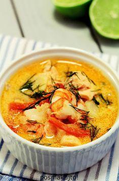 Norweska zupa rybna z łososiem i krewetkami   posmakujto!