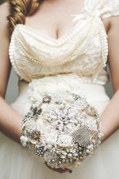 Vintaage inspired bouquet with great grandmothers brooches. Let's Get Married, Just For Fun, Pretty Outfits, One Shoulder Wedding Dress, Kitten, Bouquet, Wedding Stuff, Wedding Ideas, Wedding Dresses