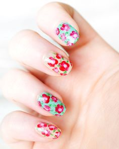 12 floral nails to rock this summer