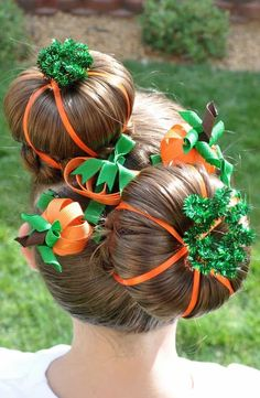 cute Halloween hairstyle - Crazy pumpkin buns are adorable a.- cute Halloween hairstyle – Crazy pumpkin buns are adorable and fairly simple, too! I could see this also being a great crazy hair day idea for school Holiday Hairstyles, Hairstyles For School, Cute Hairstyles, Halloween Hairstyles, Hairstyle Ideas, Frozen Hairstyles, Newest Hairstyles, Kids Hairstyle, Braided Hairstyles