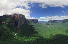 Salto Angel, Venezuela - Le Salto Ángel est la plus haute chute d'eau du monde, avec une hauteur de 979 m.