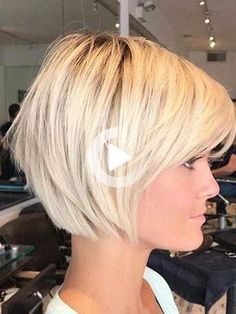 Fantastic Short Bob Hairstyles - lilostyle - - There is no doubt that the bob is one of the most popular short hairstyles in the world. It has a variety of styles and looks to flatter different hair lengths. You can choose to have a cool, short bo. Popular Short Hairstyles, Choppy Bob Hairstyles, Short Bob Haircuts, Cool Haircuts, Easy Hairstyles, Latest Hairstyles, Hairstyle Short, Hairstyles 2018, Celebrity Hairstyles