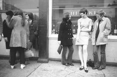 Voices Of East Anglia: Life Magazine - London 1966 Mod Fashion, Young Fashion, 1960s Fashion, Skirt Fashion, Fashion Styles, New York Pictures, Girl Pictures, Life Magazine, Magazine Photos