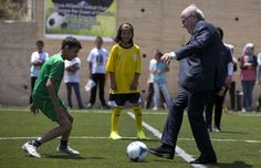 NewELA - Palestinian-Israeli Conflict Takes TO The World Soccer Field - FIFA head tries to broker compromise