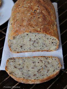 Chleb pszenny z siemieniem lnianym na drożdżach - Swiatciast.pl Bread Bun, Pan Bread, Bread Rolls, Cookie Desserts, Sweet Desserts, How To Make Bread, Food To Make, Bread Recipes, Cooking Recipes