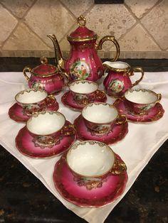 Antique Tea Sets, Tea Sets Vintage, China Tea Sets, Tea Pot Set, Teapots And Cups, Coffee Set, Cup And Saucer, Tea Cups, Decoration