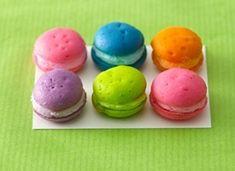 cupcake poppers! Crazy cute!