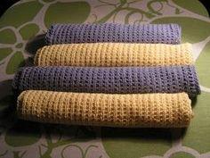 Videreudvikling af karkludeopskrift.   Opskrift står nederst.   Så gik det viderefra hyacintblå karklude til en frisk gul farve fra Rowan....