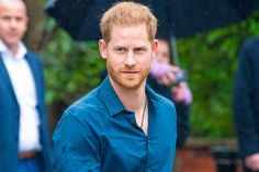 Prinz Harry: Es läuft nicht nach Plan | Neuigkeiten Royals Celebrity Photos, Celebrity News, Love Island Winner, Enjoy Girl, Caroline Flack, Madame Tussauds, People Change, Abbey Road, British