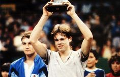 """""""Il Giornalino"""" of April 1984 dedicates an article to Stefan Edberg's first professional victory at the indoor tournament of Milan, where he beat Mats Wilander in the final."""