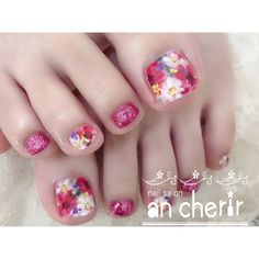 ネイルデザインを探すならネイル数No.1のネイルブック Pedicure Designs, Pedicure Nail Art, Toe Nail Designs, Toe Nail Art, Pretty Toe Nails, Cute Toe Nails, Love Nails, Nail Art Cute, Feet Nail Design