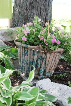 How to plant unique Flea Market containers The rain has come and the humidity has lifted leaving a coolness in the air that is quite refreshing. I was just loo Garden Whimsy, Garden Junk, Garden Sheds, Garden Path, Garden Tips, Glass Garden Flowers, Flower Pots, Planting Flowers, Wire Egg Basket