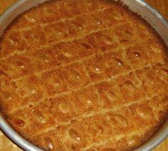 Make and share this Palestinian Harissa recipe from Genius Kitchen. Arabic Dessert, Arabic Sweets, Arabic Food, Palestine Food, Crepes, Cake Recipes, Dessert Recipes, Tofu Recipes, Naher Osten