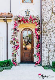 Front Door Garland with Pink Ornaments & Ribbon Front Door Christmas Decorations, Christmas Front Doors, Christmas Ribbon, Pink Christmas, Christmas Home, Christmas Wreaths, Christmas Displays, Winter Decorations, Christmas Ideas