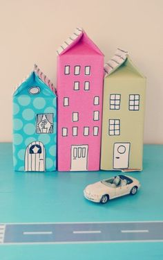Milk carton houses - these are adorable! Such a cute kids craft. Projects For Kids, Diy For Kids, Crafts For Kids, Craft Projects, Milk Carton Crafts, Milk Cartons, Toy Craft, Diy Toys, Craft Activities