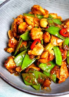 glasiertes Hoi Sin Huhn - zimtkringel - about food Clean Recipes, Easy Dinner Recipes, New Recipes, Easy Meals, Healthy Recipes, Eat Smart, Chinese Food, Slow Cooker Recipes, Family Meals