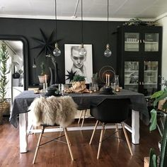 black dining room  #Regram via @dailydreamdecor