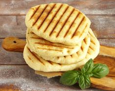 Pity z grilla Chapati, Nachos, Apple Pie, Grilling, Bbq, Food And Drink, Bread, Breakfast, Ethnic Recipes