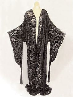 Cut velvet and silk chiffon evening wrap in the style of Erte - c.1915 - From the estate of actress Irene Worth