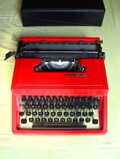 Red Olivetti Dora | Underwood 310 | Olivetti Lettera 31 Working Typewriter Almost Mint Condition Qwerty Keyboard Sottsass Valentine