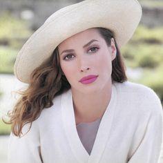 Christy Turlington for Shiseido Clé de Peau '94 SS by Stéphane Marais