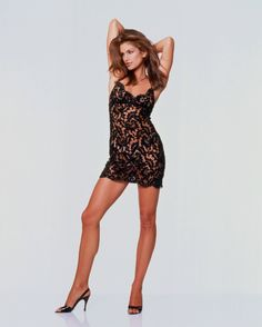 Picture of Cindy Crawford 90s Fashion, Runway Fashion, Fashion Models, Couture Fashion, Fashion Outfits, Fashion Trends, Beautiful Legs, Most Beautiful Women, Cindy Crawford Photo
